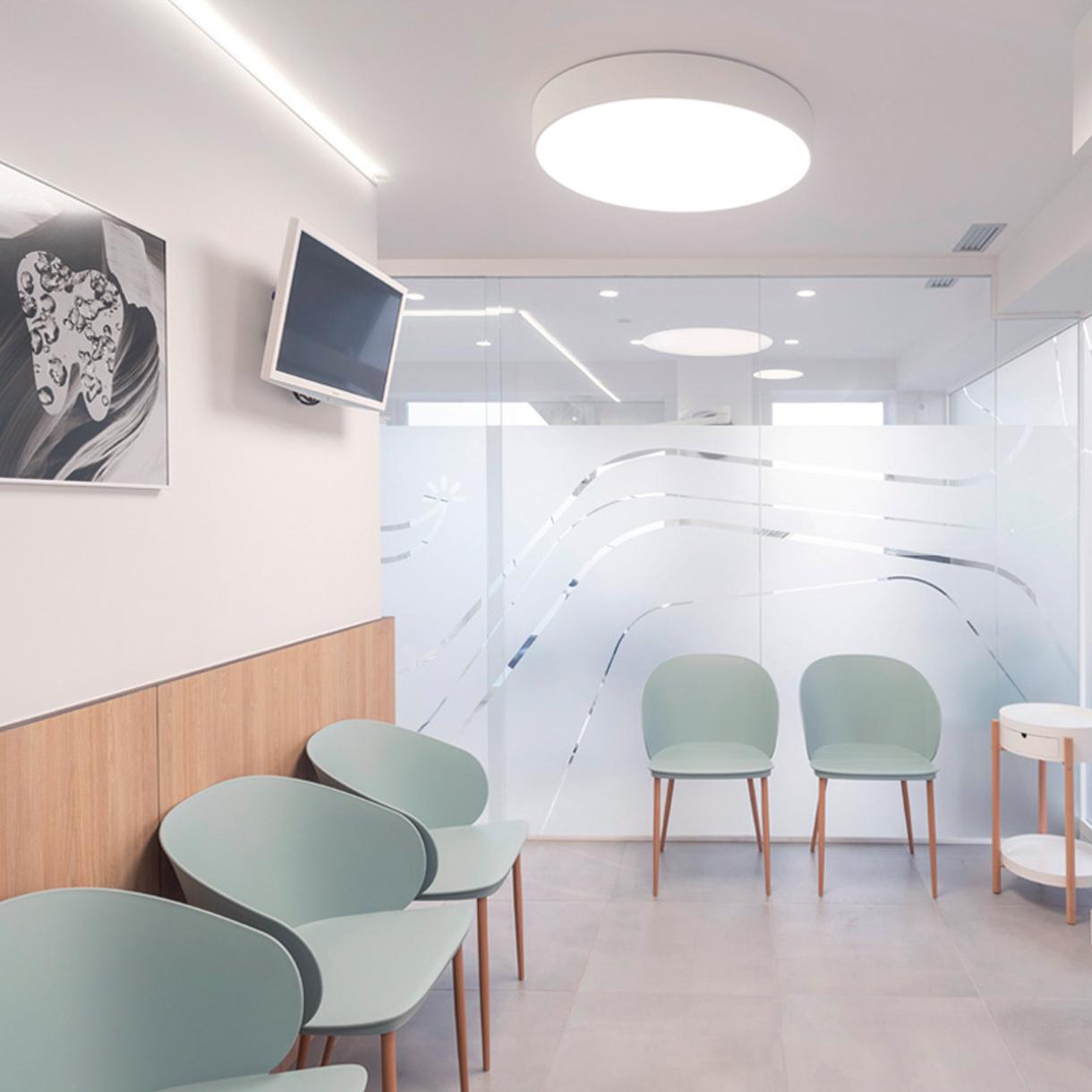 Clinica Dental Gobela, rotulación interior